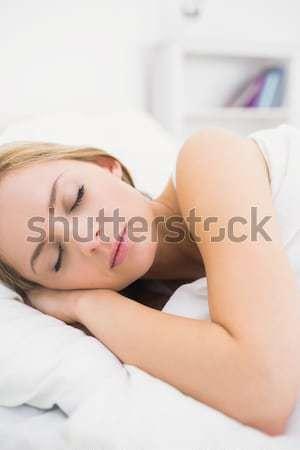 Dormir mujer dormitorio casa cara Foto stock © wavebreak_media