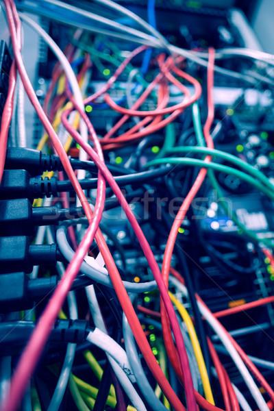 ケーブル サーバー データセンター セキュリティ ネットワーク ソフトウェア ストックフォト © wavebreak_media