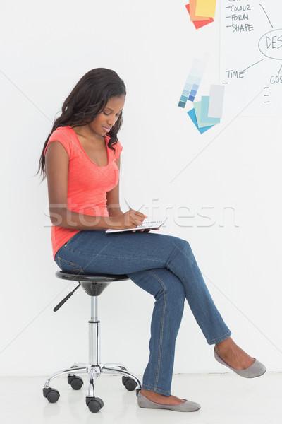 Boldog designer ül ír tábla kreatív Stock fotó © wavebreak_media