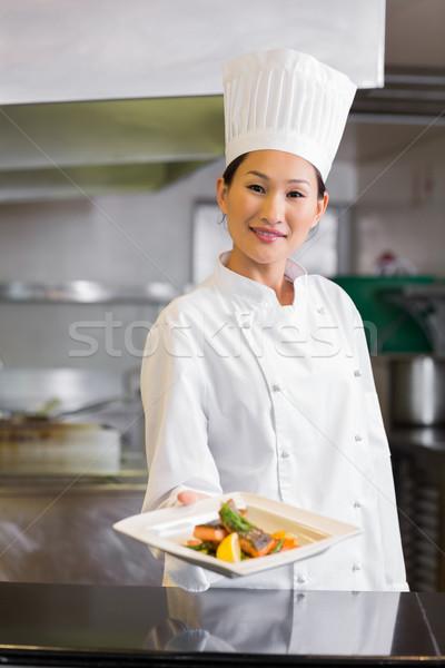 Homme chef cuit alimentaire cuisine Photo stock © wavebreak_media