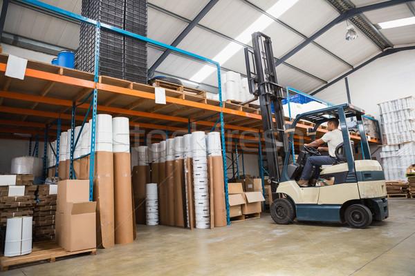 Targonca gép nagy raktár sofőr doboz Stock fotó © wavebreak_media