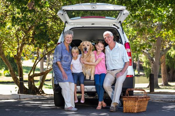 Dziadkowie drogowego podróży wnuki kobieta Zdjęcia stock © wavebreak_media