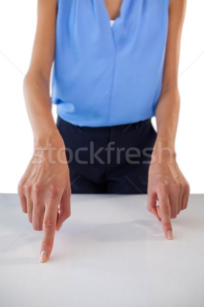 молодые деловая женщина таблице белый Сток-фото © wavebreak_media