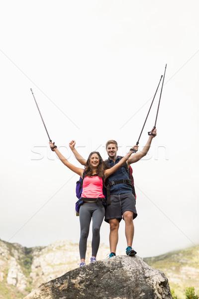 Genç mutlu koşucuların ayakta kaya Stok fotoğraf © wavebreak_media