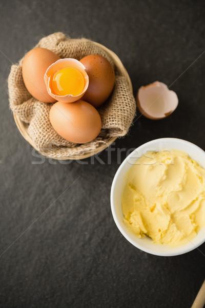 Kilátás vaj tojások tálak asztal konyha Stock fotó © wavebreak_media