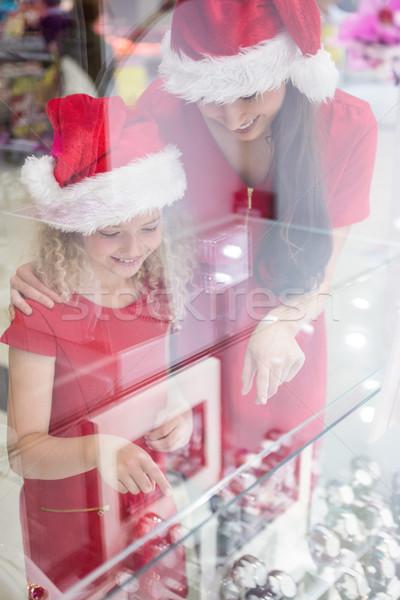 Matka córka christmas patrząc Zdjęcia stock © wavebreak_media