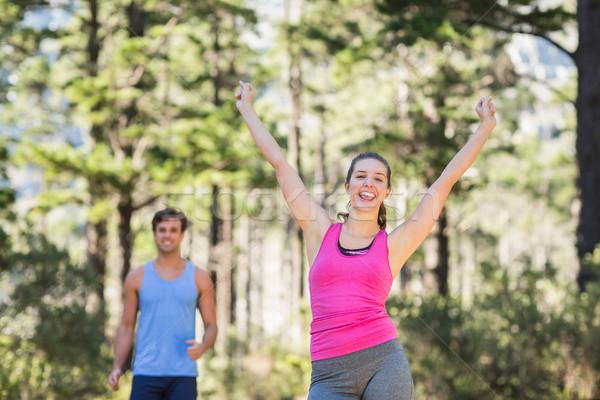 Boldog nő áll karok a magasban erdő természet Stock fotó © wavebreak_media