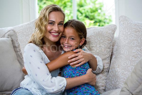 портрет матери дочь диван счастливым Сток-фото © wavebreak_media