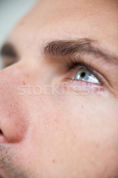 Człowiek szkło kontaktowe oka zabawy Zdjęcia stock © wavebreak_media