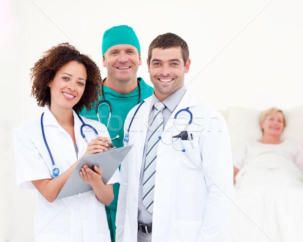 Stock fotó: Portré · orvosok · megvizsgál · beteg · kórház · nő