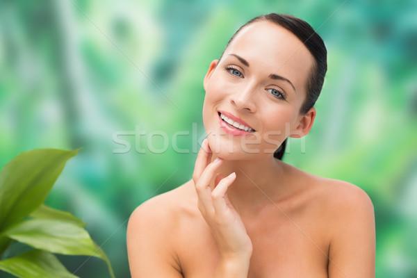 Bella nude bruna posa mani faccia Foto d'archivio © wavebreak_media