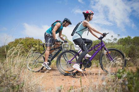 активный пару Велоспорт велосипедов стране Сток-фото © wavebreak_media
