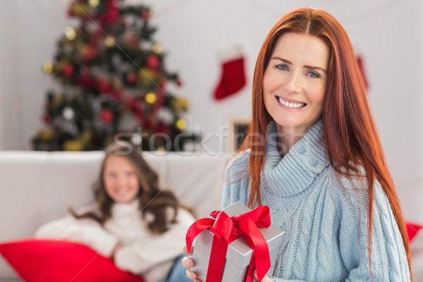 ünnepi anya tart ajándék otthon nappali Stock fotó © wavebreak_media