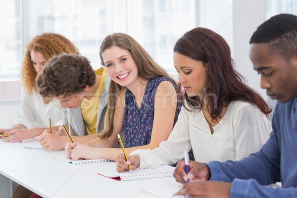 Moda Öğrenciler özenli sınıf kolej kız Stok fotoğraf © wavebreak_media