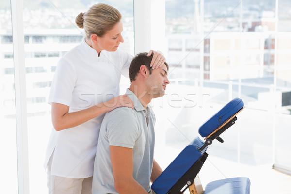 Homem pescoço mensagem médico escritório massagem Foto stock © wavebreak_media
