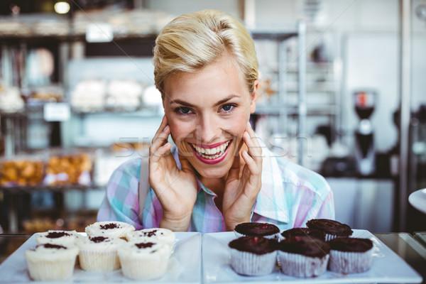 きれいな女性 見える カップ ケーキ ベーカリー 幸せ ストックフォト © wavebreak_media