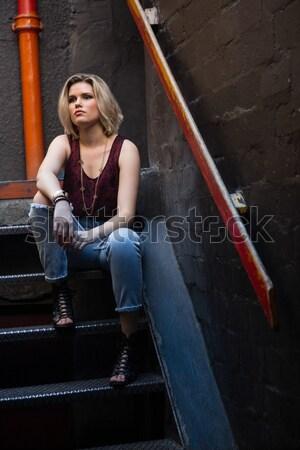 Stok fotoğraf: Mutlu · arkadaşlar · diğer · merdiven · bar · kadın