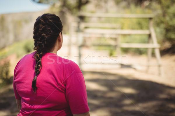 Vista posteriore donna piedi boot campo Foto d'archivio © wavebreak_media