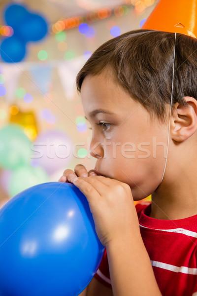 Cute ragazzo pallone festa di compleanno home Foto d'archivio © wavebreak_media