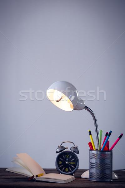 Iluminado eléctrica lámpara escritorio organizador libro Foto stock © wavebreak_media