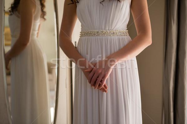 Sposa abito piedi home specchio donna Foto d'archivio © wavebreak_media