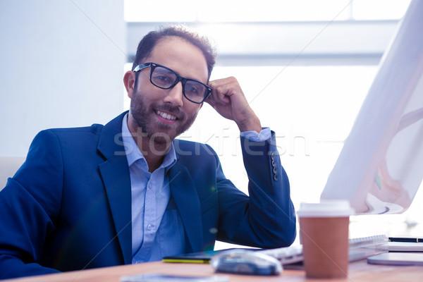 портрет счастливым бизнеса столе служба Сток-фото © wavebreak_media