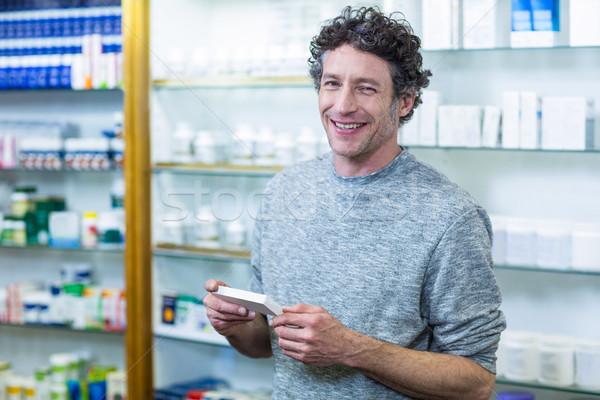 Cliente medicina caixa farmácia retrato Foto stock © wavebreak_media