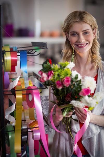 Kadın çiçekçi portre mutlu Stok fotoğraf © wavebreak_media