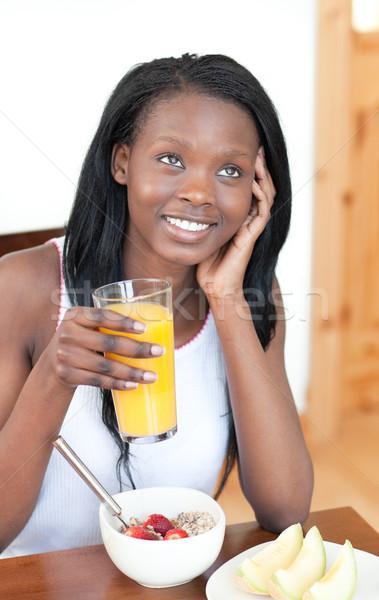 Bájos reggeli nappali nő étel otthon Stock fotó © wavebreak_media