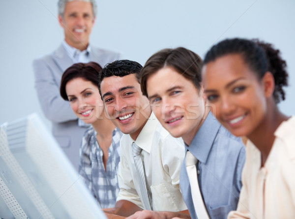 üzleti partnerek idős menedzser munka nő iroda Stock fotó © wavebreak_media