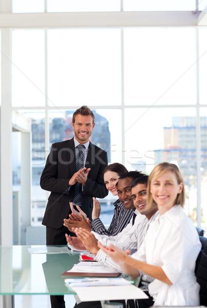 成功 プレゼンテーション ビジネス 女性 オフィス 会議 ストックフォト © wavebreak_media