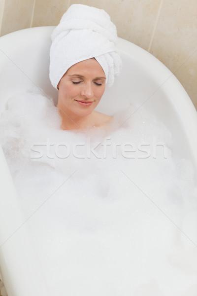 Femme bain serviette tête yeux Photo stock © wavebreak_media