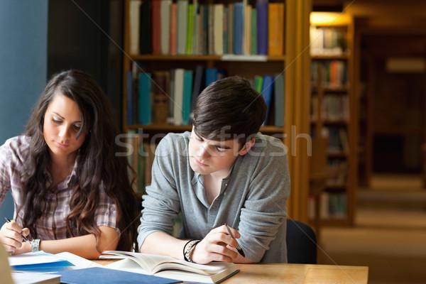 Öğrenciler yazı deneme kütüphane okul mutlu Stok fotoğraf © wavebreak_media