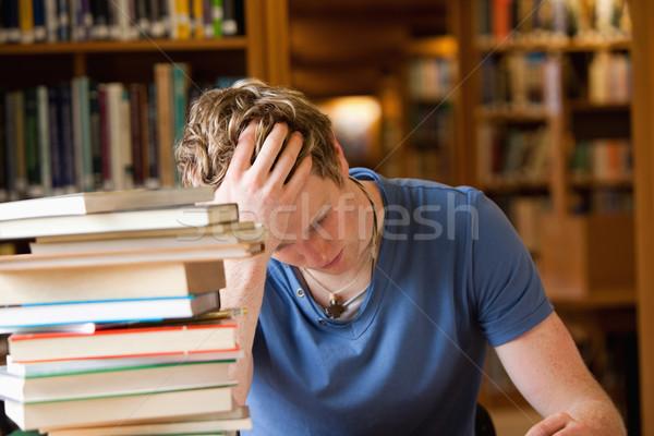 男 読む ライブラリ 図書 作業 髪 ストックフォト © wavebreak_media