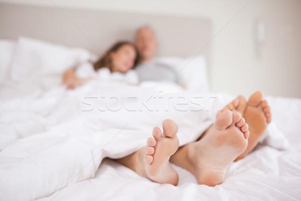 пару кровать камеры Focus улыбка лице Сток-фото © wavebreak_media