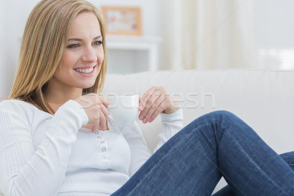 Nő kávéscsésze nap álmodik kanapé fiatal nő Stock fotó © wavebreak_media