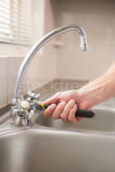 человека водопроводной домой кухне рабочих Сток-фото © wavebreak_media