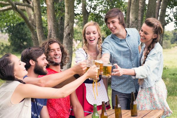 Grupy znajomych oktoberfest kobieta Zdjęcia stock © wavebreak_media