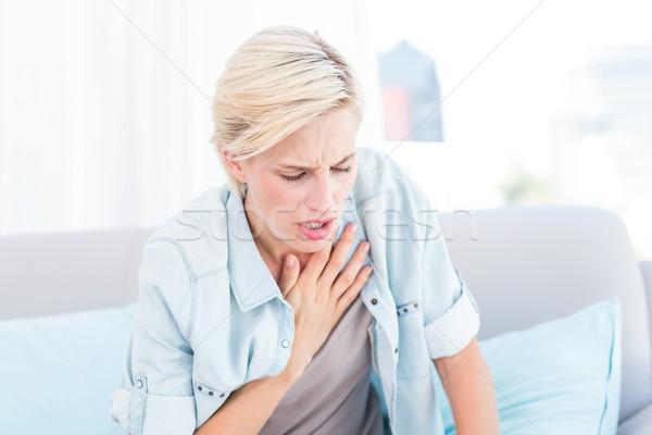 Csinos szőke nő lélegzet nehézségek nappali ház Stock fotó © wavebreak_media