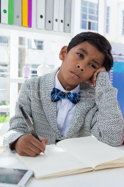 Sıkılmış işadamı kalem büro Stok fotoğraf © wavebreak_media