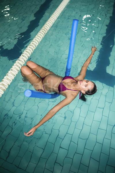 Terhes nő hab nő víz boldog egészség Stock fotó © wavebreak_media