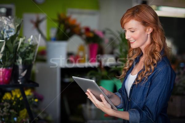 Feminino florista digital comprimido negócio Foto stock © wavebreak_media
