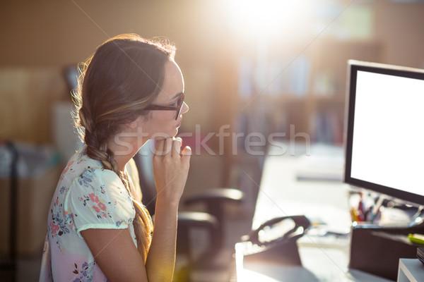 Kadın çalışma bilgisayar ofis teknoloji tablo Stok fotoğraf © wavebreak_media