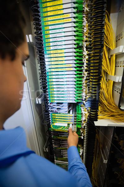 Stock fotó: Technikus · routerek · közelkép · szerver · szoba · férfi