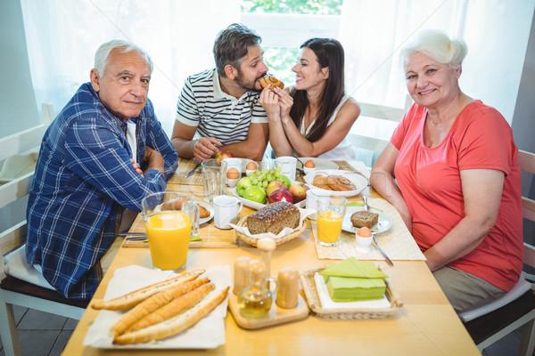 Feliz casal café da manhã pais casa mulher Foto stock © wavebreak_media