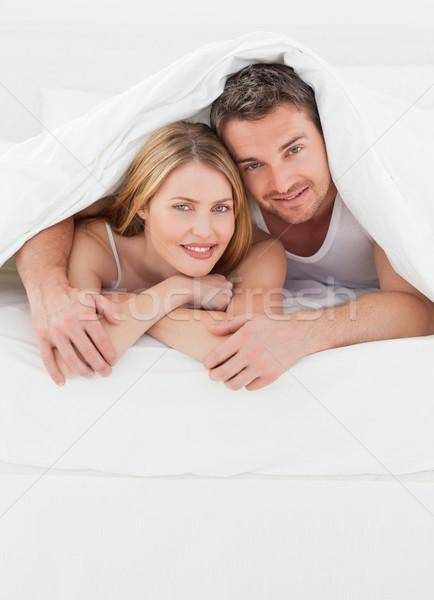 Par cama quarto menina mãos Foto stock © wavebreak_media