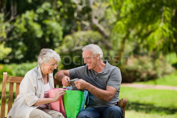 Aposentados casal família grama homem Foto stock © wavebreak_media