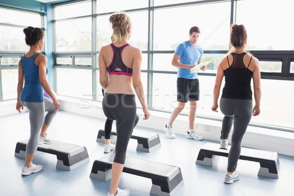 Edző tanít aerobik osztály tornaterem sport Stock fotó © wavebreak_media