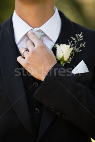 Középső rész virágok férfi közelkép gyönyörű kéz Stock fotó © wavebreak_media