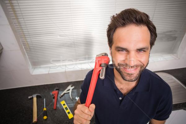 водопроводчика улыбаясь камеры кухне дома человека Сток-фото © wavebreak_media